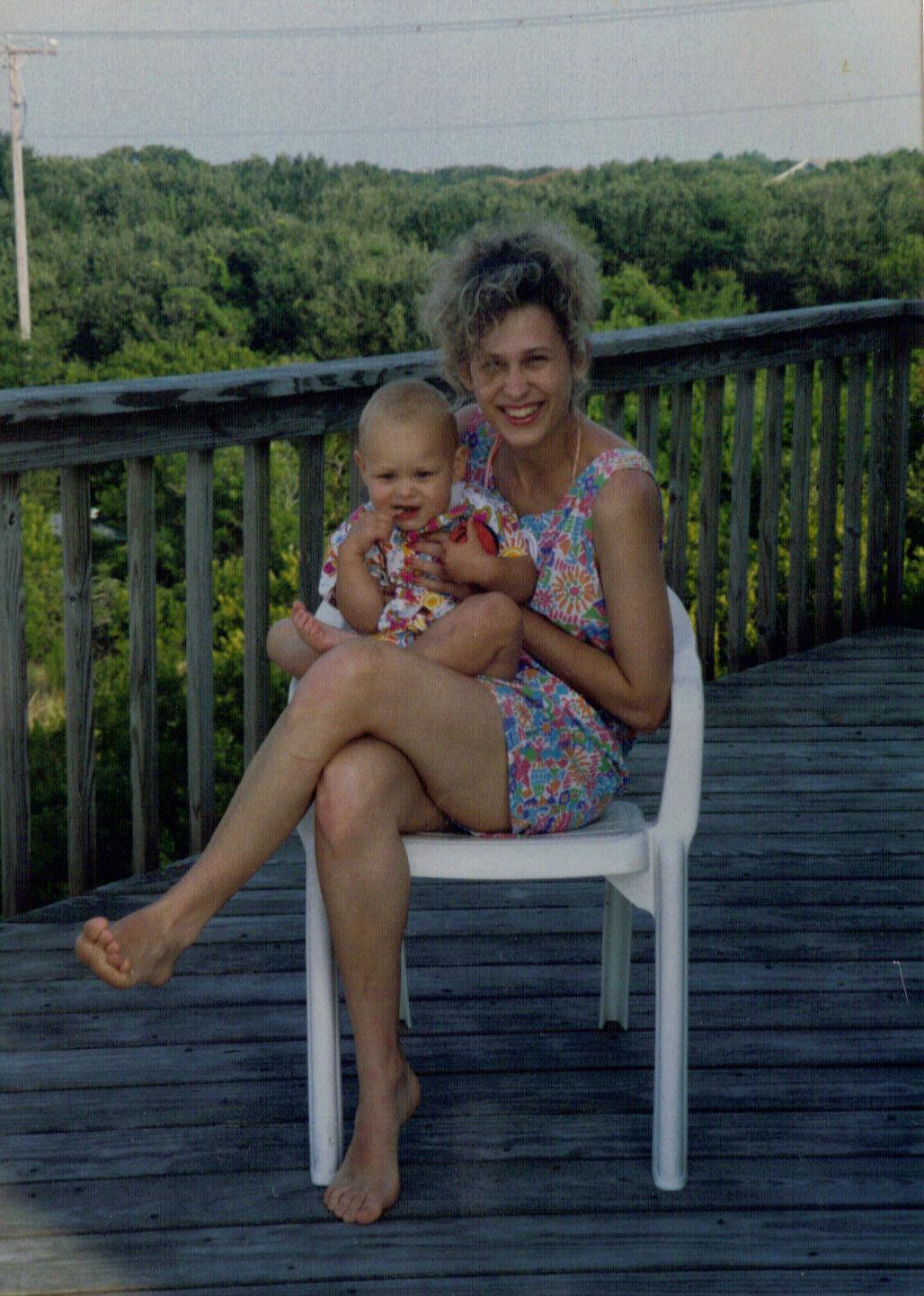 Krisen and daughter 1992